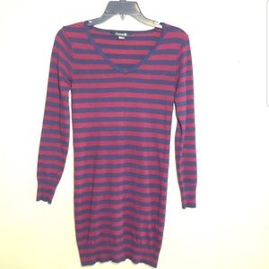 Forever 21 sweater dress tunic blue & wine striped